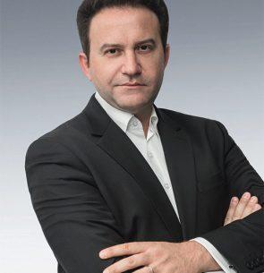 Yannis Sirros